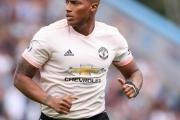 បញ្ហាលេងលើស្មៅជ័រ ធ្វើឲ្យ Antonio Valencia មិនបានទៅលេងឲ្យ Man Utd